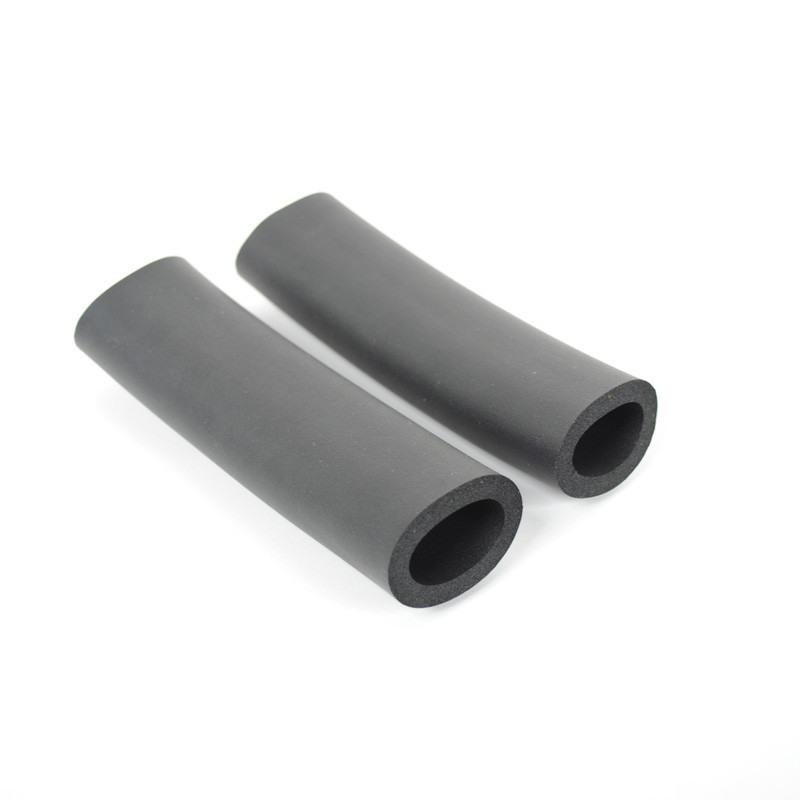Foam Grips 2 X 13Cm For Wheelie Tow Bars  1